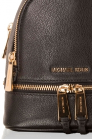 MICHAEL Michael Kors |  Leather backpack Rhea Zip | black  | Picture 5