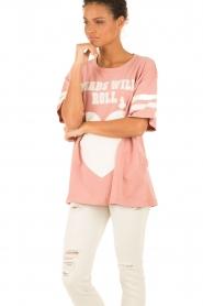 Essentiel Antwerp | T-shirt Loucas | roze  | Afbeelding 4