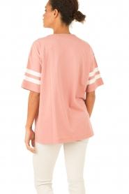 Essentiel Antwerp | T-shirt Loucas | roze  | Afbeelding 5
