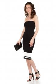NIKKIE | Strapless jurk Juno Tube | zwartwit  | Afbeelding 3