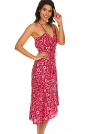 BEACHGOLD |  Floral midi wrap dress Picolo | red  | Picture 5