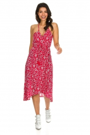 BEACHGOLD |  Floral midi wrap dress Picolo | red  | Picture 3