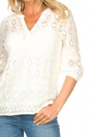 Set |  Ajour blouse Anais | white  | Picture 7