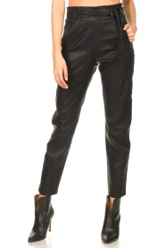Knit-ted |  Faux leather pants Frida | black  | Picture 4