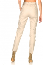 Knit-ted |  Faux leather pants Frida | natural  | Picture 6