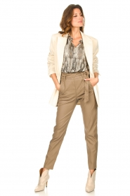 Knit-ted |  Faux leather pants Frida | cognac  | Picture 3