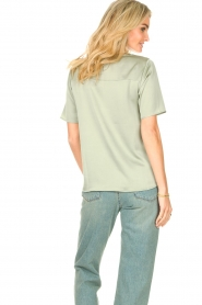 Knit-ted |  Basic top Bibianna | green  | Picture 7