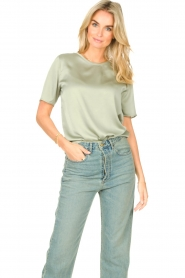 Knit-ted |  Basic top Bibianna | green  | Picture 2