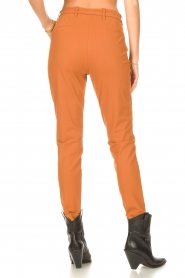 D-ETOILES CASIOPE |  Travelwear pants with tie belt Antigua | camel  | Picture 6