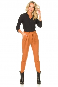 D-ETOILES CASIOPE |  Travelwear pants with tie belt Antigua | camel  | Picture 2