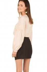 Tara Jarmon | Puffer sleeves blouse Leala | naturel  | Afbeelding 5