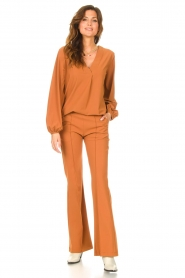 D-ETOILES CASIOPE |  Travelwear top with puff sleeve Arudy | camel  | Picture 3