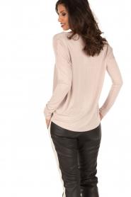 Set | Zijden blouse Ripley | Nude  | Afbeelding 4