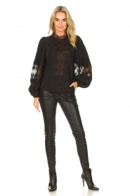 Copenhagen Muse    Blouse with lace Madelyn   black    Picture 3