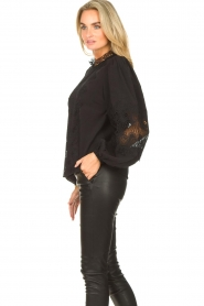 Copenhagen Muse    Blouse with lace Madelyn   black    Picture 5