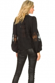 Copenhagen Muse    Blouse with lace Madelyn   black    Picture 6