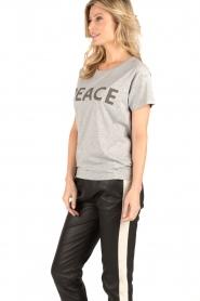 Set | T-shirt Peace | grijs  | Afbeelding 4