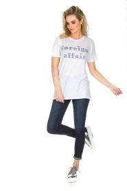 Zoe Karssen | T-shirt Foreign Affair | wit  | Afbeelding 3