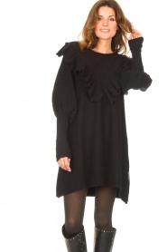 Silvian Heach    Sweater dress wtih ruffles Rigel   black    Picture 4
