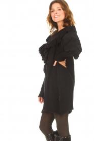 Silvian Heach    Sweater dress wtih ruffles Rigel   black    Picture 6
