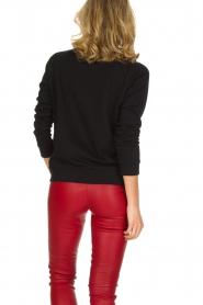 Zoe Karssen | Luxe trui Bat | rood  | Afbeelding 5