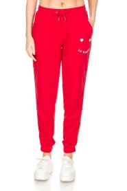 Zoe Karssen |  Sweatpants Le Happy | red  | Picture 2