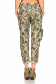 MASONS |  Printed cargo trousers Asia Snake | green  | Picture 5