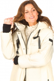 Silvian Heach |  Long down jacket Bodax | natural  | Picture 8