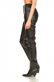 Silvian Heach |  Faux leather pants Framitid | black  | Picture 5