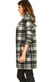 Les Favorites |  Checkered coat Kris | grey  | Picture 5