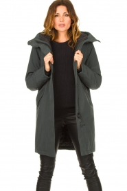 Krakatau |  Luxurious parka coat Mercury | grey  | Picture 2