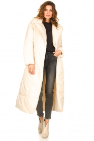 Second Female |  Puffer jacket with matching waistbelt Eva | natural  | Picture 3