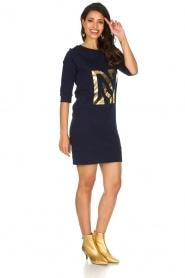 NIKKIE | N Sweet Dress in trui stijl | donkerblauw  | Afbeelding 3