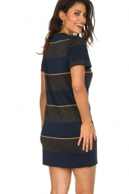 NIKKIE |  Shiny dress Jolien | dark blue   | Picture 6