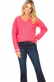 Lolly's Laundry |  V-neck sweater Aliza | red  | Picture 4