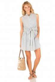 Leon & Harper | Mouwloze blouse Klint | blauw  | Afbeelding 3