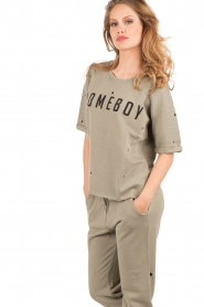 Zoe Karssen |  Boxfit sweatshirt Homeboy | army green  | Picture 2