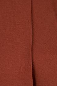 Dante 6 | Mouwloze top met col Gene | bruin  | Afbeelding 6