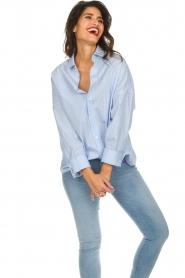 IRO | Gestreepte blouse Sedate | blauw  | Afbeelding 5
