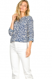 Lolly's Laundry |  Print blouse Singh | blue  | Picture 4