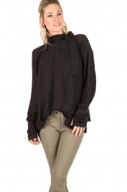 IRO | Cut-out blouse Frejan | zwart  | Afbeelding 2