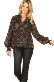 Lolly's Laundry :  Floral printed blouse Maya | black - img2