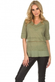 Patrizia Pepe |  Linen top with lace Leila | green  | Picture 2