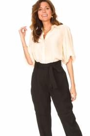 Dante 6 |  Textured blouse with puff sleeves Lecce | natural  | Picture 4