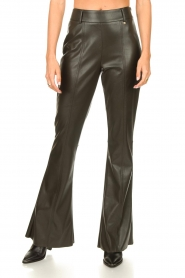 Nenette |  Faux leather flared pants Elenco | green  | Picture 4