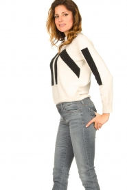 Nenette    Knitted logo sweater Mouse   naturel    Picture 4