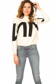 Nenette    Knitted logo sweater Mouse   naturel    Picture 7