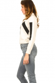 Nenette    Knitted logo sweater Mouse   naturel    Picture 5