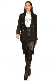Nenette |  Faux leather skirt with pleats Gun | black  | Picture 3