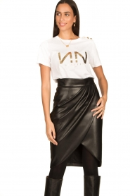 Nenette |  Faux leather skirt with pleats Gun | black  | Picture 2